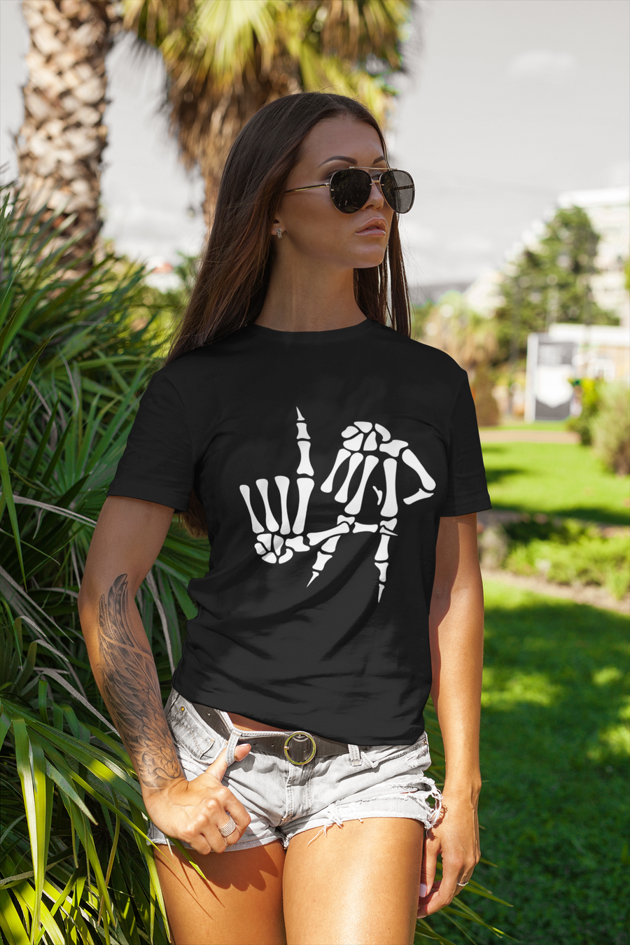 WOMEN'S L.A. HANDS SHORT SLEEVE TEE