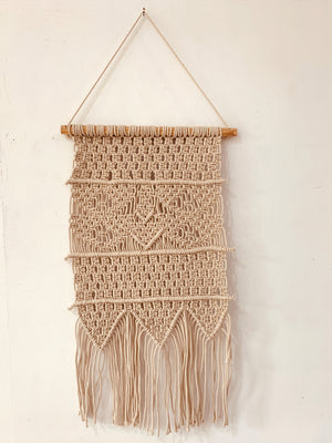Macrame wall decor with Dowel