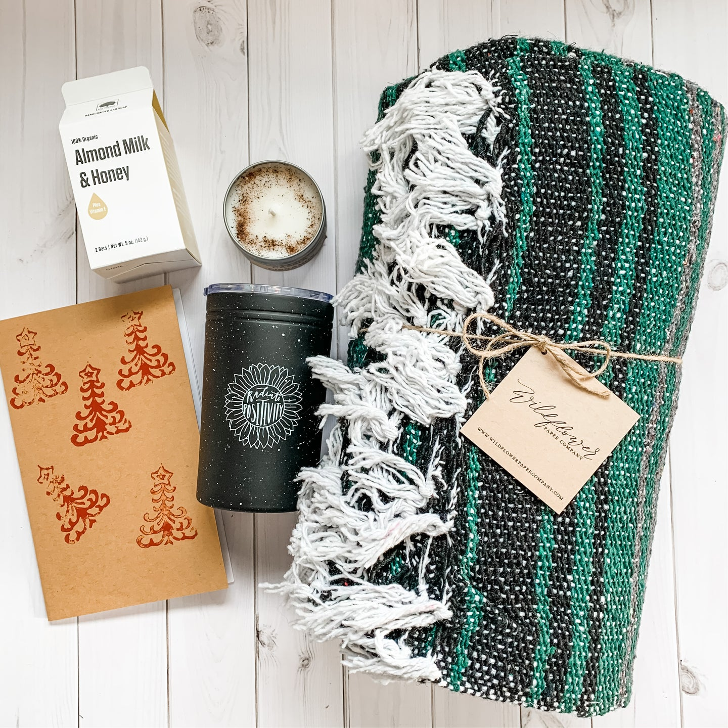 Holiday Gift Set - Cozy Holiday 3