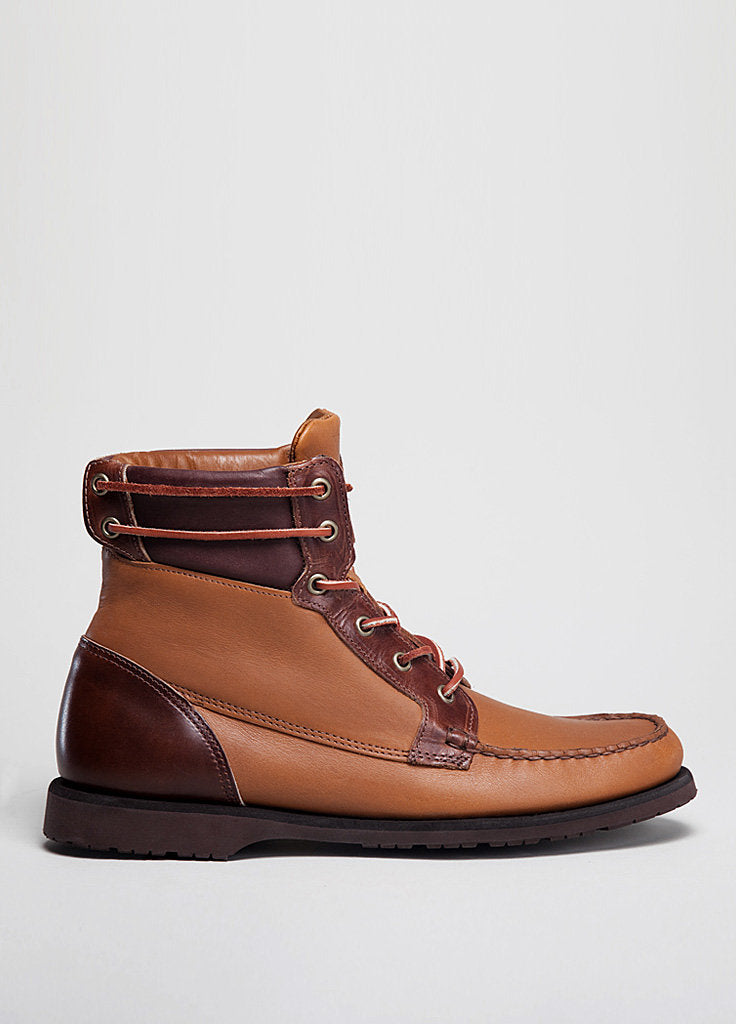 *THE SCOUT BOOT