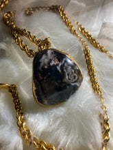 Load image into Gallery viewer, Chalcedony Crystal Soul Chain w 24K Gold Electroplated Crystal