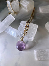 Load image into Gallery viewer, Dainty Baby Silver Soul Chain with Pillow Faceted Fluorite Crystal