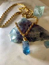 Load image into Gallery viewer, Dainty Baby Soul Chain w Vibrant faceted Fluorite Crystal