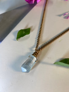 Dainty Baby Gold Soul Chain w Faceted Fluorite