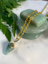 Load image into Gallery viewer, Dainty Baby Soul Chain w Green Aventurine Crystal