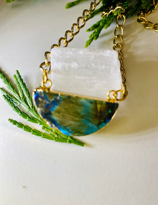 Half Moon Labradorite Gold Link Soul Chain Necklace