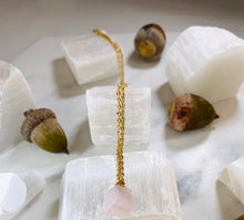 Load image into Gallery viewer, Dainty Baby Rose Quartz Drop Gold Soul Chain