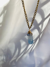 Load image into Gallery viewer, Dainty Baby Soul Chain w Blue Faceted Fluorite Necklace