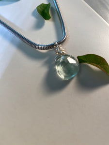 Dainty Baby Silver  Soul Chain w, Pillow Faceted Fluorite