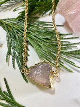 Load image into Gallery viewer, Rose Quartz Gold Connection Soul Chain w Electroplated Crystal
