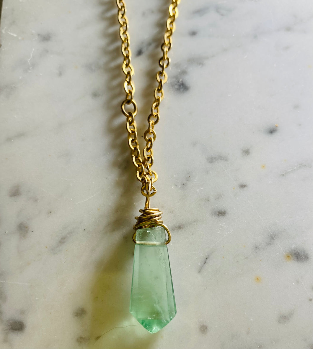 Dainty Baby Soul Chain w Green  Faceted Fluorite Necklace