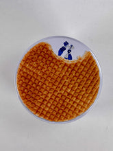 Load image into Gallery viewer, top of stroopwafel tin - Big Bite Dutch Treats