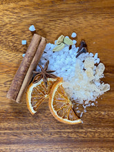 Load image into Gallery viewer, Dutch mulled wine spices - bisschopswijn - Big Bite Dutch Treats