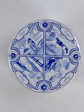 Load image into Gallery viewer, Lid various images delft blue gift tin - Big Bite Dutch Treats