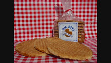 Load and play video in Gallery viewer, Stroopwafels in Delft blue gift tin