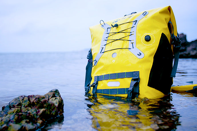 Inrigo: Intelligently Waterproof Camera Backpack