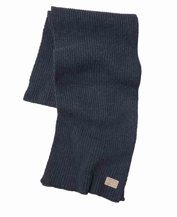 Cozy rib knitted wool scarf in light navy.