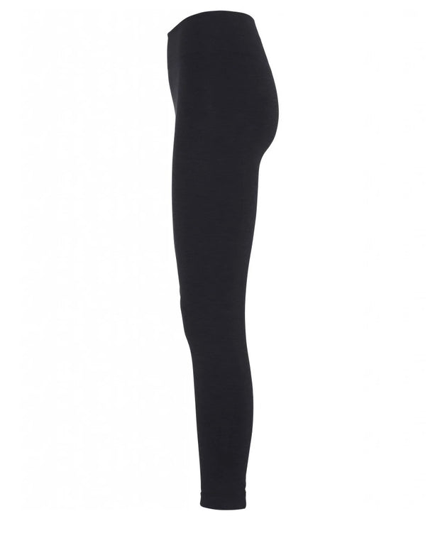 7/8th Seamless Legging in Black for yoga and all Athletics side view