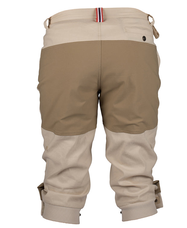 Vagabond Knickerbockers for men in Desert Sand by Amundsen Sports for Aktiv Rear view for warm weather hiking