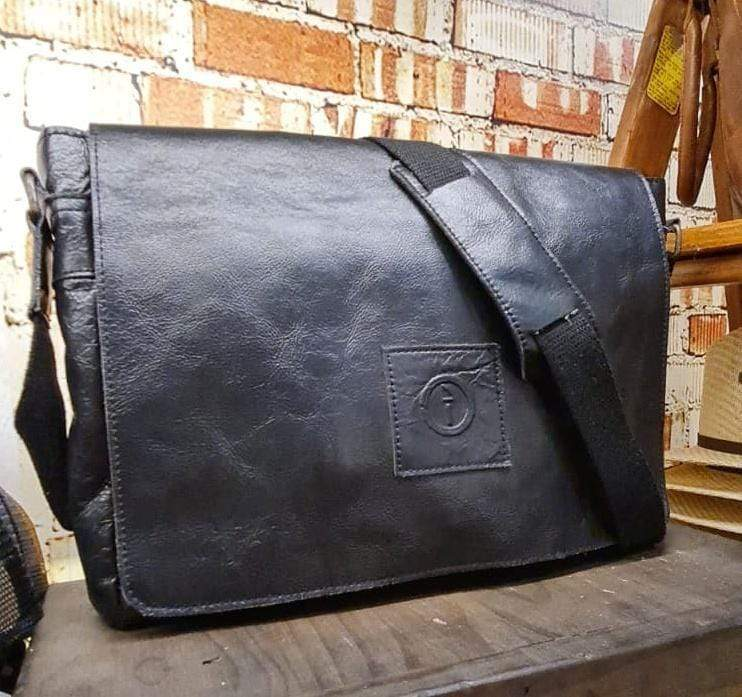 "Soldier 15"" - Leather Messenger Bag"