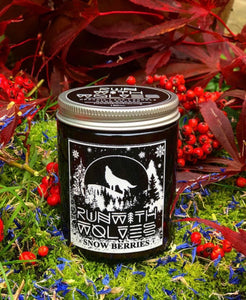 Snow Berries Christmas Soy Wax Candle - Run With Wolves