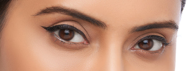 Try It: Easy Trick To Create Perfect Winged Eyeliner!