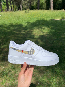 <transcy>Air Force 1 &quot;Burberry Swoosh&quot;</transcy>