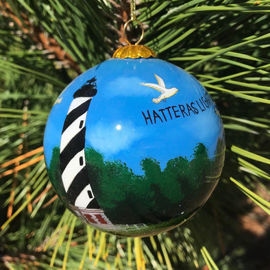 CAPE HATTERAS LIGHTHOUSE PAINTED GLASS ORNAMENT