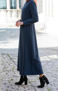 Long abaya over zip