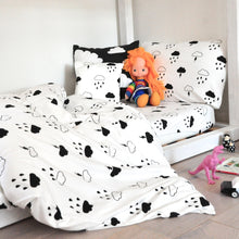 Load image into Gallery viewer, Storm Boy bedding - Cotbed