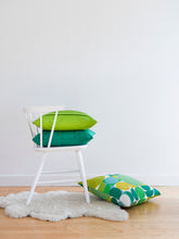 Load image into Gallery viewer, Klotz Cushion/cover - Bottle Green