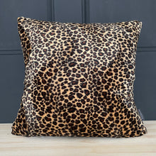 Load image into Gallery viewer, Faux Fur Leopard print cushion
