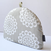 Load image into Gallery viewer, Lycka Tea cosy - Linen