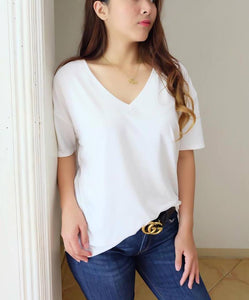 Basic Oversized Tee (v-neck)
