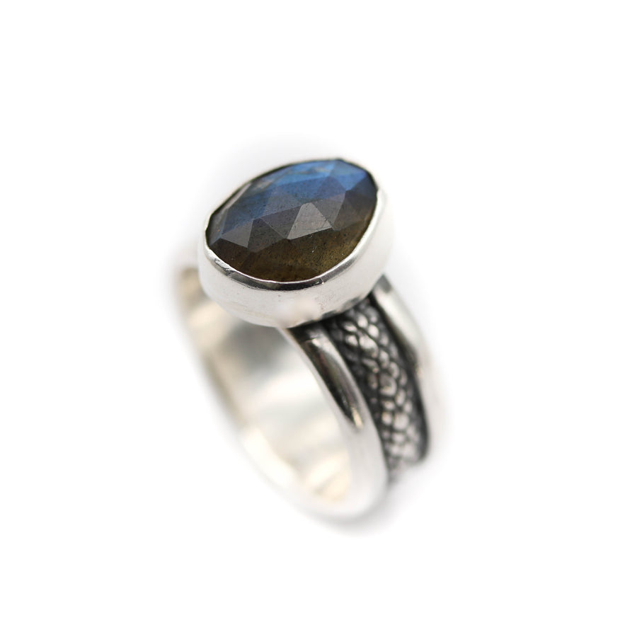 Labradorite ring size UK N / US 7