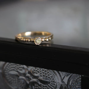 9ct gold ring with Salt & Pepper Diamond, size UK J, US 5