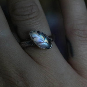 Moonstone leaf ring size UK L // US 6