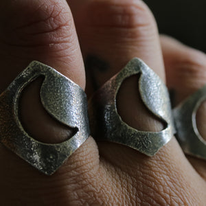 Moonbabe Ring - size UK N, US 7