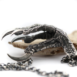 The messenger - Raven foot Pendant