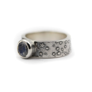 Astro Ring size UK K, US 5.5