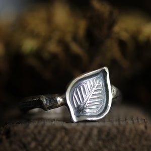 Woodland Ring size UK Q, US 8.5