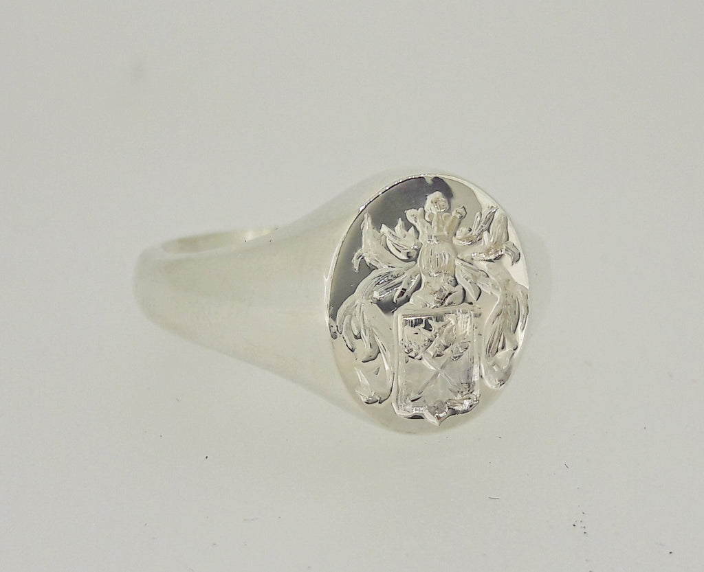 Silver signet ring with personalised crest