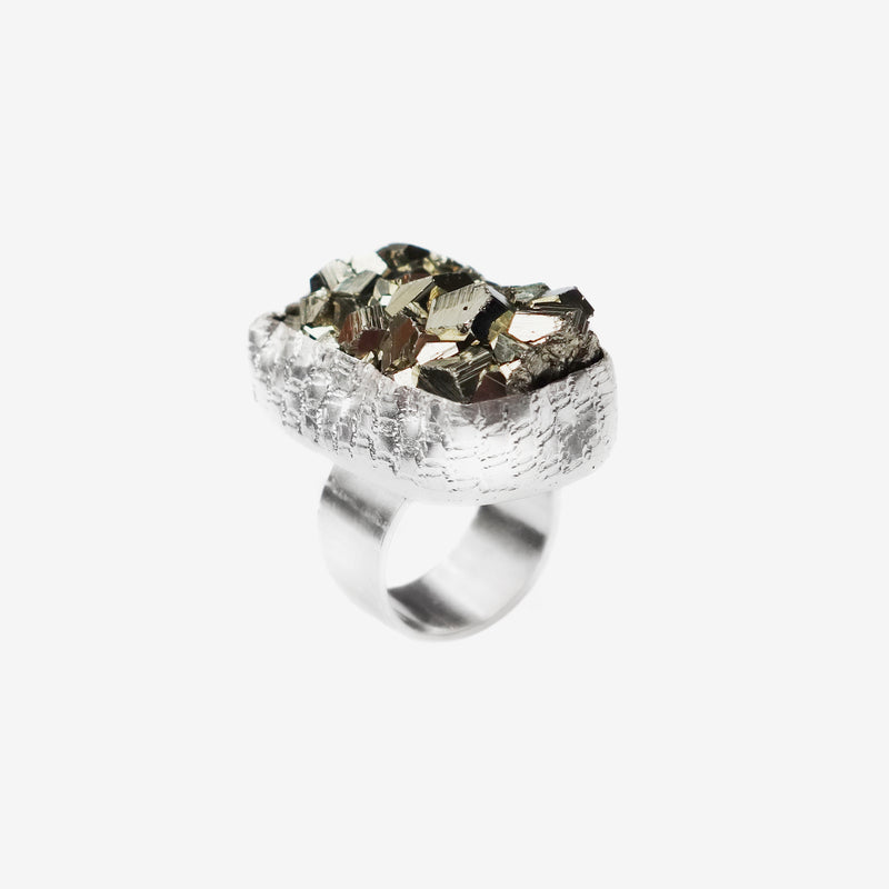LACE PYRITE RING LARGE
