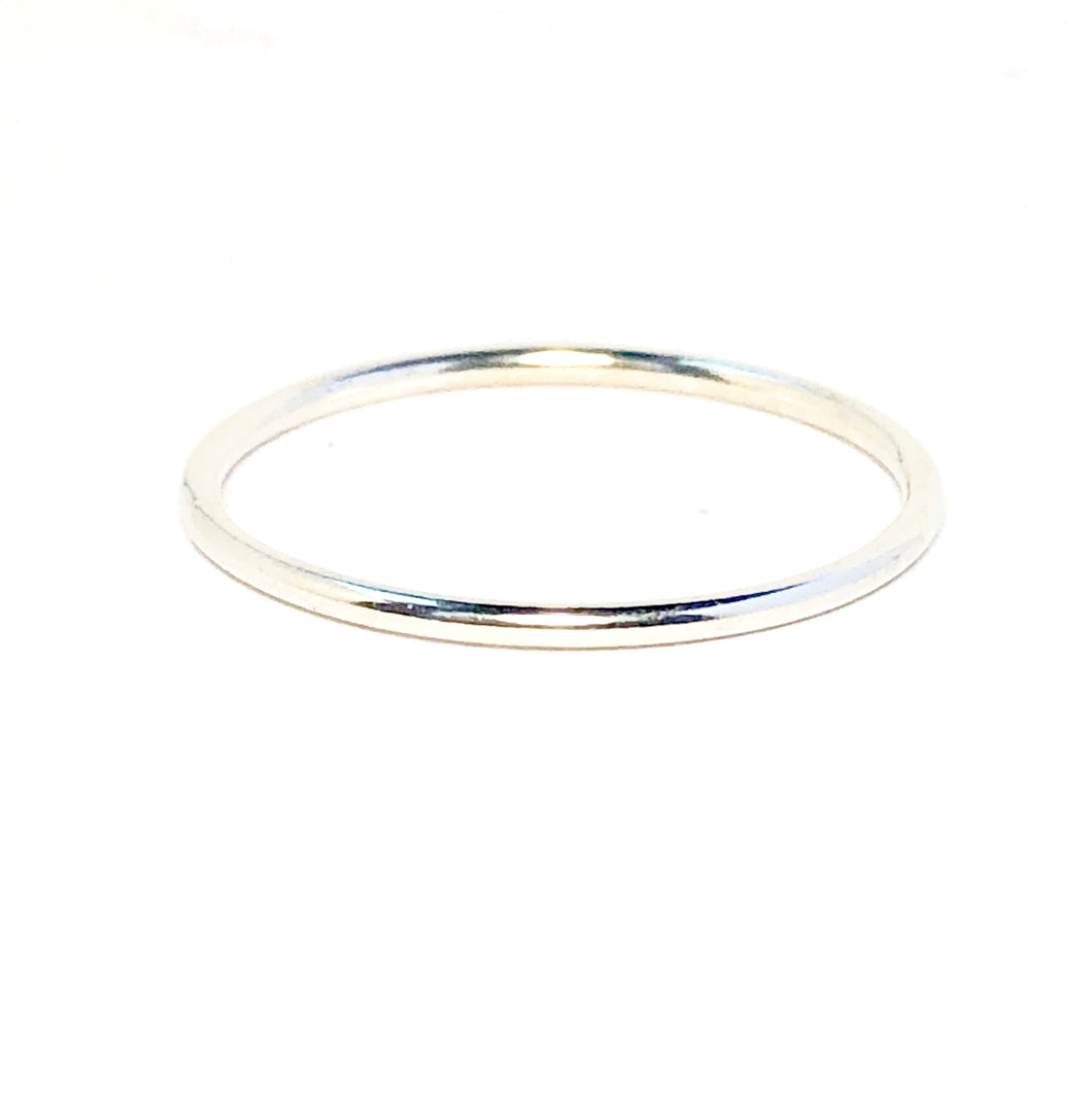 Stacking ring in sterling silver