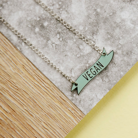 Wonder Thighs Necklace