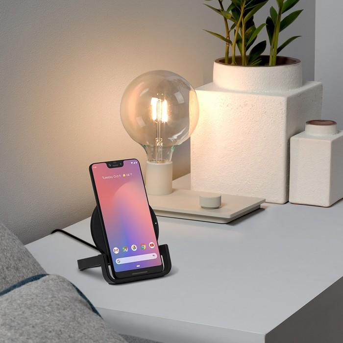 Tan Belkin Boost Up Wireless Charging Stand 10W