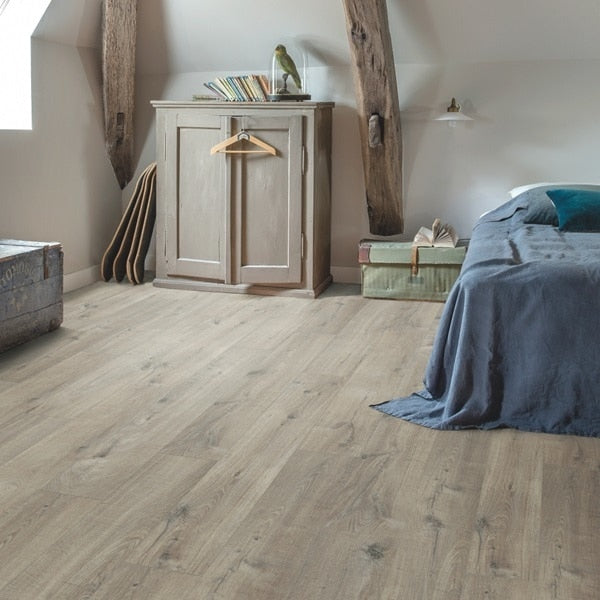 Quick Step Pulse Click Plus Cotton Oak Grey With Saw Cuts
