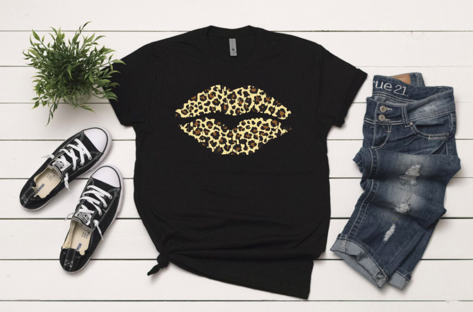 Cheetah Lips T-Shirt - Black