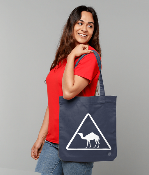 Camel Tote Bag in blue with female model