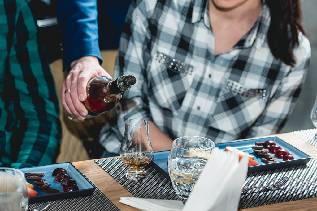 Must-have items you'll need for a whiskey tasting